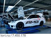 Купить «Affalterbach, Germany, Mercedes-AMG Workshop», фото № 7450178, снято 4 октября 2011 г. (c) Caro Photoagency / Фотобанк Лори