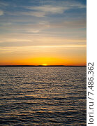 Купить «Закат на озере Селигер», фото № 7486362, снято 9 мая 2015 г. (c) Андрей Родионов / Фотобанк Лори