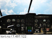 dashboard in airplane cockpit and view of sky. Стоковое фото, фотограф Syda Productions / Фотобанк Лори