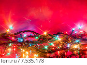 Горящая ёлочная гирлянда. Стоковое фото, фотограф Alexander Alexeev / Фотобанк Лори