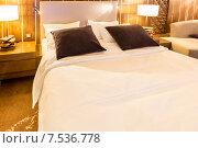 Shahdag - FEBRUARY 8, 2015: Room in Park Chalet Hotel on Februar. Редакционное фото, фотограф Elnur / Фотобанк Лори