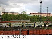 Купить «Грузовые поезда. Мурманск», фото № 7538134, снято 9 июня 2015 г. (c) Ирина Здаронок / Фотобанк Лори