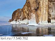 Купить «Озеро Байкал мартовским вечером. Вид на красивые прибрежные скалы Малого Моря», фото № 7540702, снято 8 марта 2015 г. (c) Виктория Катьянова / Фотобанк Лори