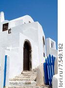 Бело-голубой греческий дом. Санторини (2013 год). Стоковое фото, фотограф Горбач Елена / Фотобанк Лори