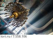 Церковная люстра. Стоковое фото, фотограф Дмитрий Дорошин / Фотобанк Лори