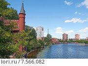 Купить «Домик смотрителя моста на набережной. Калининград, Кёнигсберг до 1946 г.», эксклюзивное фото № 7566082, снято 15 июня 2015 г. (c) Svet / Фотобанк Лори