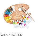 Купить «Художественные краски в тюбиках и палитра», фото № 7574486, снято 14 июня 2015 г. (c) Типляшина Евгения / Фотобанк Лори