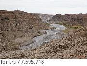 Ущелье водопада Годафосс в Исландии (2013 год). Стоковое фото, фотограф Павел Нефедов / Фотобанк Лори