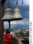 Купить «Грузия. Тбилиси. Звонарь храма Святого Николая в крепости Нарикала», фото № 7601530, снято 13 июня 2015 г. (c) Victor Spacewalker / Фотобанк Лори