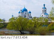 Свято-Боголюбский монастырь в Боголюбово Владимирской области (2010 год). Редакционное фото, фотограф Дмитрий Девин / Фотобанк Лори