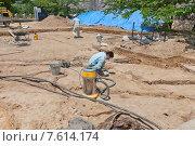 Купить «Археологические работы на территории замка Иё Мацуяма, г. Мацуяма, о. Сикоку, Япония», фото № 7614174, снято 21 мая 2015 г. (c) Иван Марчук / Фотобанк Лори