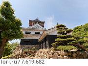 Купить «Главная башня (донжон) замка Каваноэ в г. Сикокутюо, о. Сикоку, Япония», фото № 7619682, снято 22 мая 2015 г. (c) Иван Марчук / Фотобанк Лори