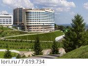 Купить «Отель Hilton Garden Inn в городе Уфе», фото № 7619734, снято 27 июня 2015 г. (c) Коротнев / Фотобанк Лори