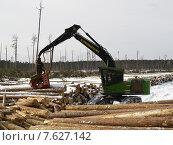 Купить «Харвестр процессор за работой», фото № 7627142, снято 17 марта 2008 г. (c) Андрей Логвинович / Фотобанк Лори