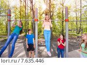 Купить «Подростки на спортивной площадке», фото № 7635446, снято 10 мая 2015 г. (c) Сергей Новиков / Фотобанк Лори