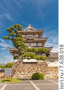 Купить «Башня Китаномару цукими ягура (1676 г.) замка Такамацу в г. Такамацу, префектура Кагава, о. Сикоку, Япония. Статус Важная Культурная Собственность», фото № 7638018, снято 22 мая 2015 г. (c) Иван Марчук / Фотобанк Лори
