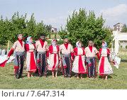 Выступление армянских артистов на празднике (2015 год). Редакционное фото, фотограф Emelinna / Фотобанк Лори