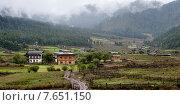 Village in Phobjikha Valley, Bhutan (2010 год). Стоковое фото, фотограф Keith Levit / Ingram Publishing / Фотобанк Лори