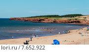 Купить «Tourists on the beach, Cavendish Beach, Green Gables, Prince Edward Island, Canada», фото № 7652922, снято 18 августа 2013 г. (c) Ingram Publishing / Фотобанк Лори