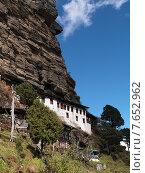 Houses on a cliff, Bhutan (2010 год). Стоковое фото, фотограф Keith Levit / Ingram Publishing / Фотобанк Лори