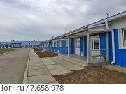 Купить «Новый вахтовый поселок», фото № 7658978, снято 9 июля 2015 г. (c) Геннадий Соловьев / Фотобанк Лори