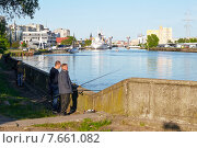 Купить «Вид на реку Преголю, Калининград», фото № 7661082, снято 17 октября 2018 г. (c) Сергей Куров / Фотобанк Лори
