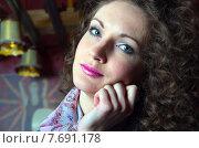 Красивая девушка. Стоковое фото, фотограф Наталья Степченкова / Фотобанк Лори