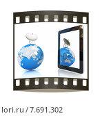 Высокоскоростной мобильный интернет. Антенна, земной шар и планшетный компьютер. Слайд на белом фоне. Стоковая иллюстрация, иллюстратор Guru3d / Фотобанк Лори