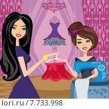 Купить «girl sewing machine elegant client», иллюстрация № 7733998 (c) PantherMedia / Фотобанк Лори