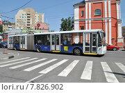 Купить «Троллейбус № 63к на маршруте, Нижняя Радищевская улица, Москва», эксклюзивное фото № 7826902, снято 3 июня 2014 г. (c) lana1501 / Фотобанк Лори
