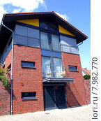 Купить «modern building home house gorgeous», фото № 7982770, снято 22 октября 2018 г. (c) PantherMedia / Фотобанк Лори