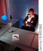 Купить «Woman office night evening secretary», фото № 8003062, снято 24 января 2019 г. (c) PantherMedia / Фотобанк Лори