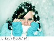 Купить «girl winter snow girls feathers», фото № 8366194, снято 23 ноября 2019 г. (c) PantherMedia / Фотобанк Лори