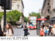 Купить «city street with people and transport in london», фото № 8377654, снято 19 июня 2015 г. (c) Syda Productions / Фотобанк Лори