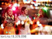 Купить «smiling friends with wine glasses and beer in club», фото № 8378098, снято 20 октября 2014 г. (c) Syda Productions / Фотобанк Лори