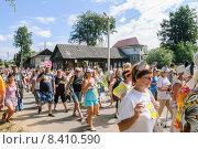 """Купить «""""Мышиные бега"""" в день города Мышкин», эксклюзивное фото № 8410590, снято 9 августа 2014 г. (c) Алёшина Оксана / Фотобанк Лори"""