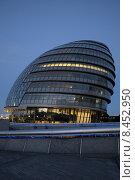 Купить «London City Hall, GLA», фото № 8452950, снято 20 октября 2018 г. (c) PantherMedia / Фотобанк Лори