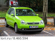 Купить «Volkswagen Lupo», фото № 8460594, снято 10 сентября 2013 г. (c) Art Konovalov / Фотобанк Лори