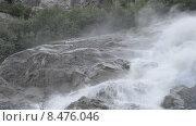 Купить «Бурлящие потоки Алибекского водопада на Домбае», эксклюзивный видеоролик № 8476046, снято 30 июля 2015 г. (c) Алексей Бок / Фотобанк Лори