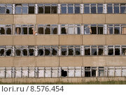 Купить «building window buildings pane ailing», фото № 8576454, снято 19 октября 2019 г. (c) PantherMedia / Фотобанк Лори