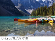 Купить «Canoes on Moraine Lake», фото № 8737018, снято 23 февраля 2019 г. (c) PantherMedia / Фотобанк Лори