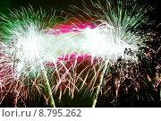 Купить «celebrate peak fireworks firework reveling», фото № 8795262, снято 26 марта 2019 г. (c) PantherMedia / Фотобанк Лори