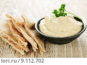 Купить «Hummus with pita bread», фото № 9112702, снято 14 декабря 2017 г. (c) PantherMedia / Фотобанк Лори