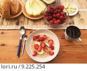 Купить «Летний завтрак», фото № 9225254, снято 21 июня 2015 г. (c) Tamara Sushko / Фотобанк Лори