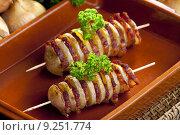 Купить «potato skewers with bacon», фото № 9251774, снято 26 марта 2019 г. (c) PantherMedia / Фотобанк Лори