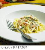 Купить «spaghetti with smoked salmon and dill», фото № 9417074, снято 27 июня 2019 г. (c) PantherMedia / Фотобанк Лори