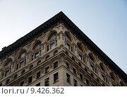 Купить «Façade of an old residential building in New York City», фото № 9426362, снято 25 мая 2019 г. (c) PantherMedia / Фотобанк Лори