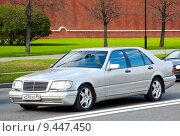 Купить «Mercedes-Benz W140 S-class», фото № 9447450, снято 5 мая 2012 г. (c) Art Konovalov / Фотобанк Лори