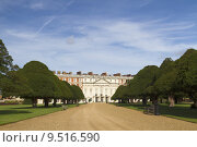 Купить «Hampton Court Palace», фото № 9516590, снято 20 июня 2019 г. (c) PantherMedia / Фотобанк Лори