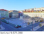 Площадь Фигейра (2015 год). Редакционное фото, фотограф DMITRII KUDASOV / Фотобанк Лори